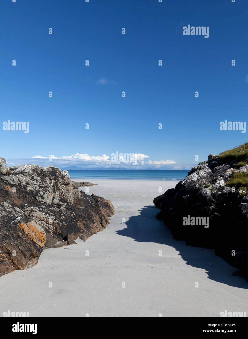 Scotland Argyll & Bute Inner Hebrides Tiree Bhaigh Beach and view to Mull - Stock Image