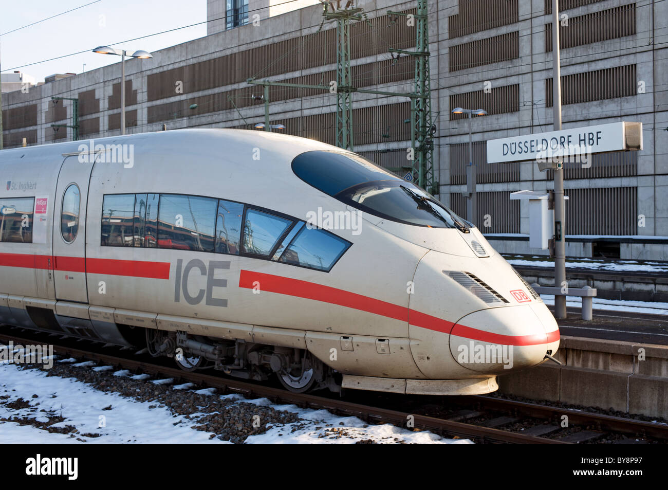 german railways intercity express ice dusseldorf hbf main railway stock photo 33999203 alamy. Black Bedroom Furniture Sets. Home Design Ideas