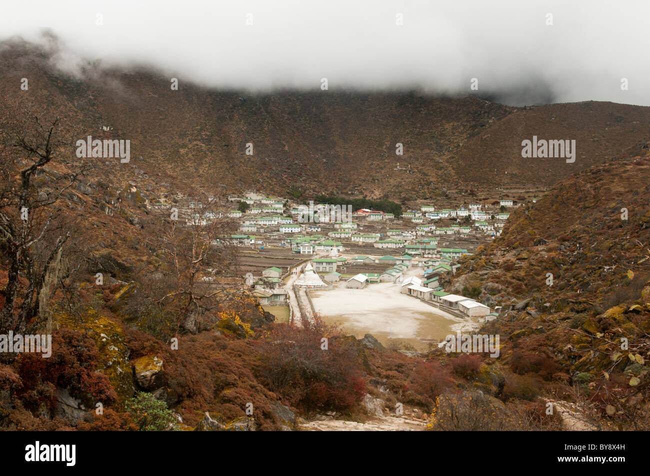 stone houses in the Sherpa village of Khumjung in the Everest Region of Nepal - Stock Image