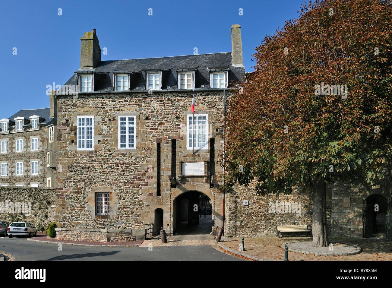 The Grande Porte / Pont-levis de la Haute-Ville / town gate at Granville, Normandy, France - Stock Image