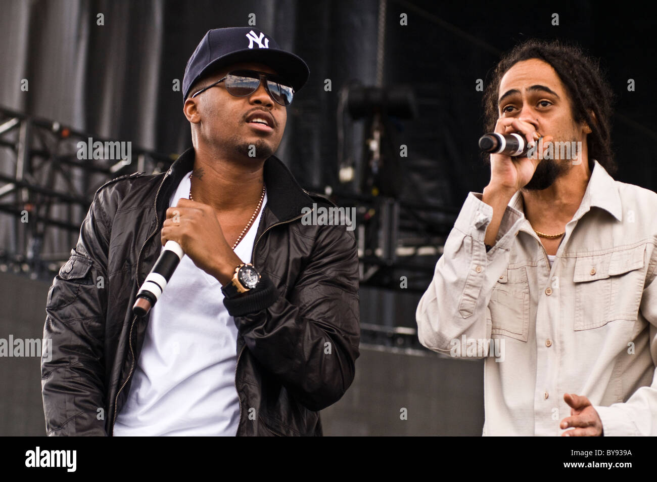 Nas and Damien 'Jr. Gong' Marley preform live at the Mile High Music Festival in Colorado, 2010 - Stock Image