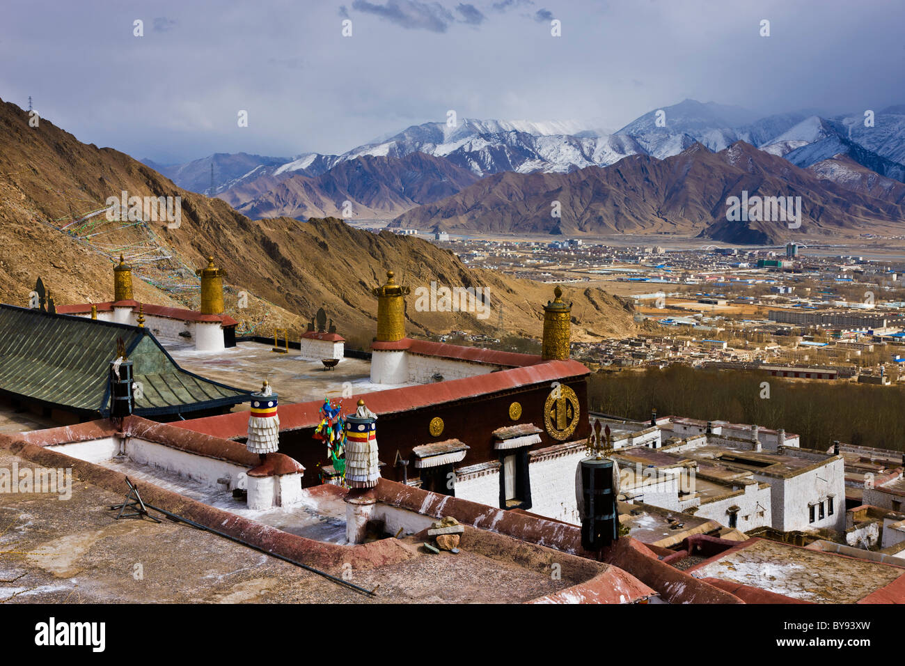 Downtown Lhasa and the Lhasa Valley from the roof of Drepung Monastery, Lhasa, Tibet. JMH4541 - Stock Image