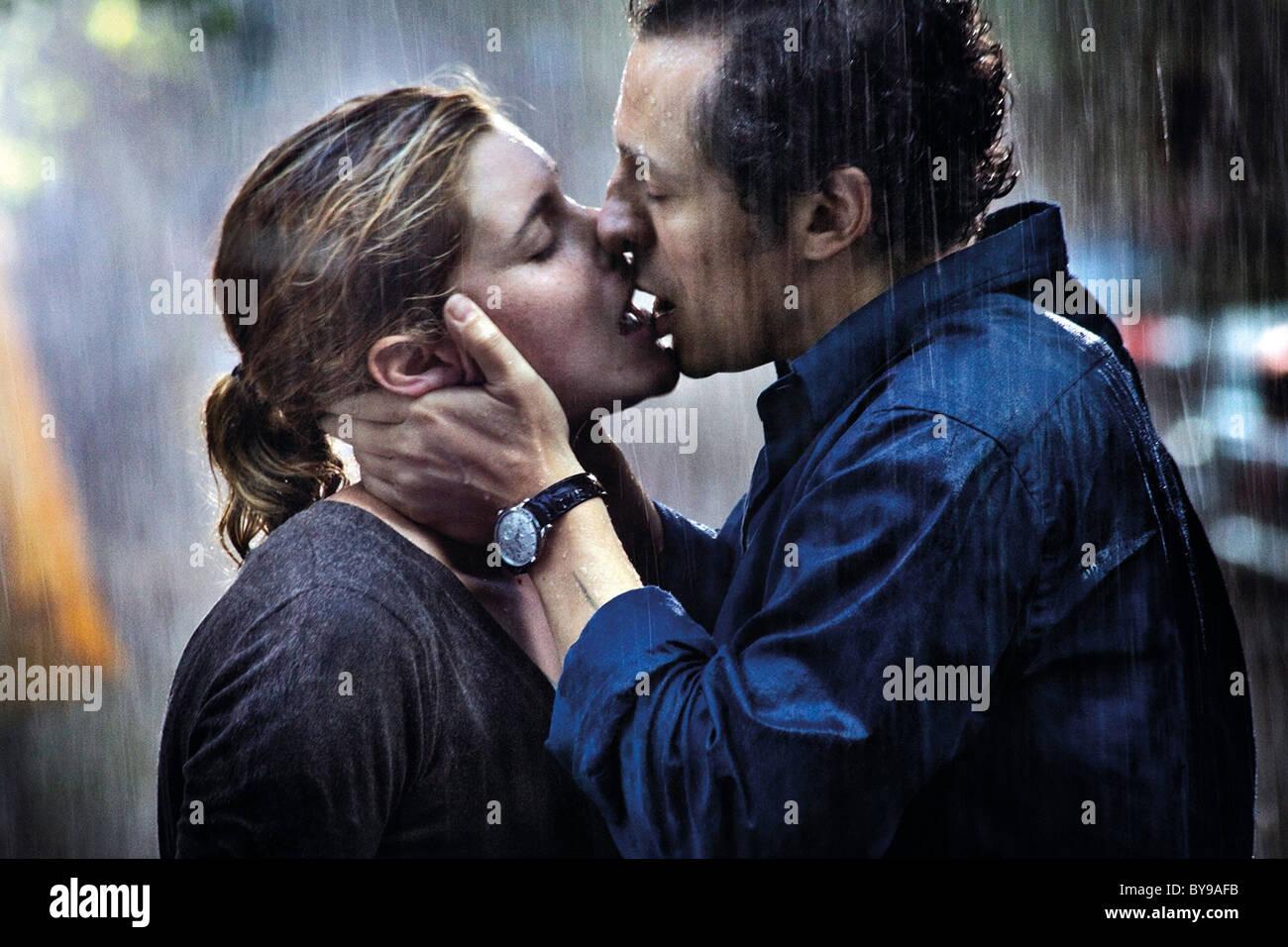 Baciami ancora Kiss me again Year : 2010 Italy Director : Gabriele Muccino Vittoria Puccini, Stefano Accorsi, - Stock Image