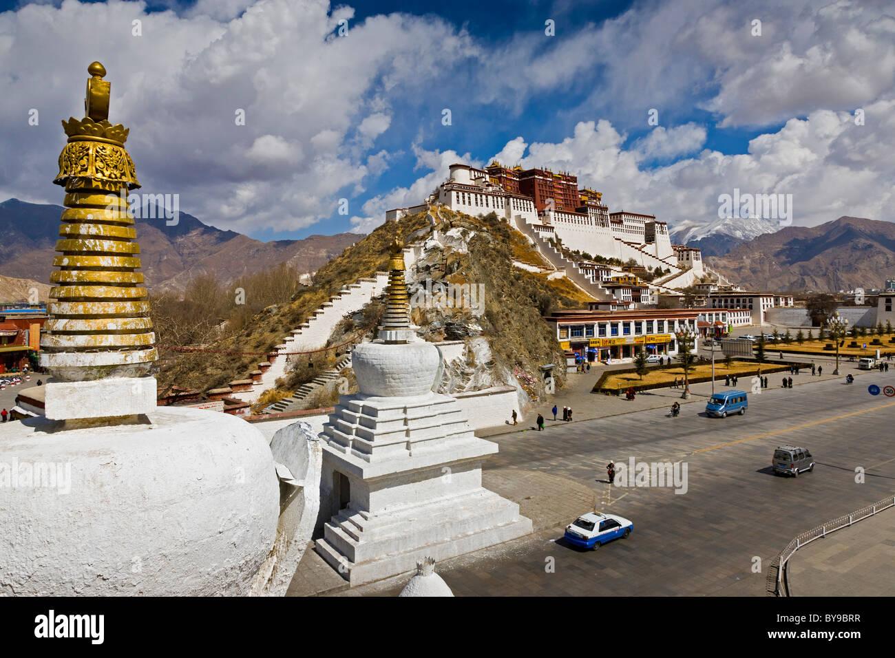 The Potala Palace Lhasa Tibet. JMH4587 - Stock Image