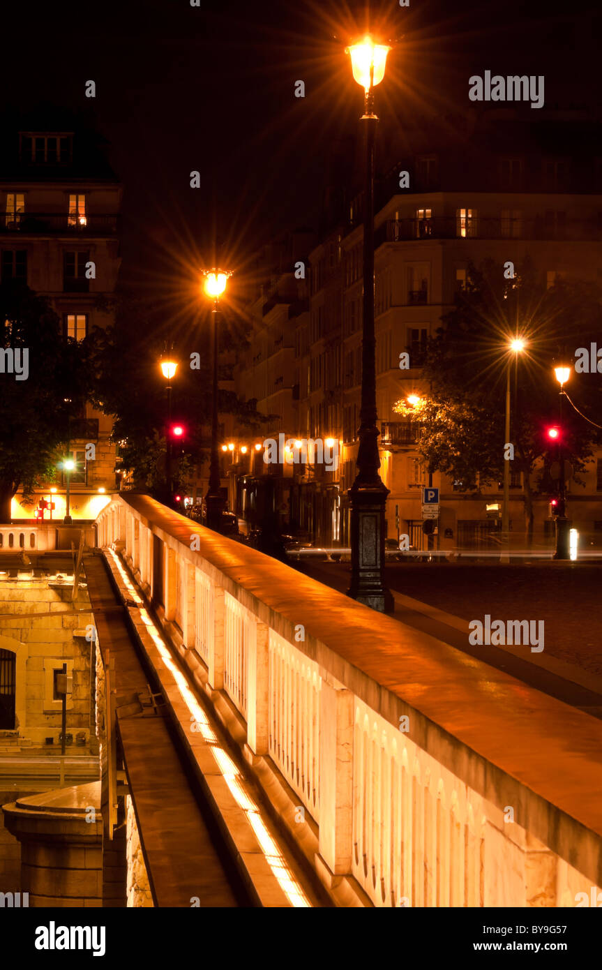 Night time on the Pont Marie, Ile Saint-Louis, Paris, France - Stock Image