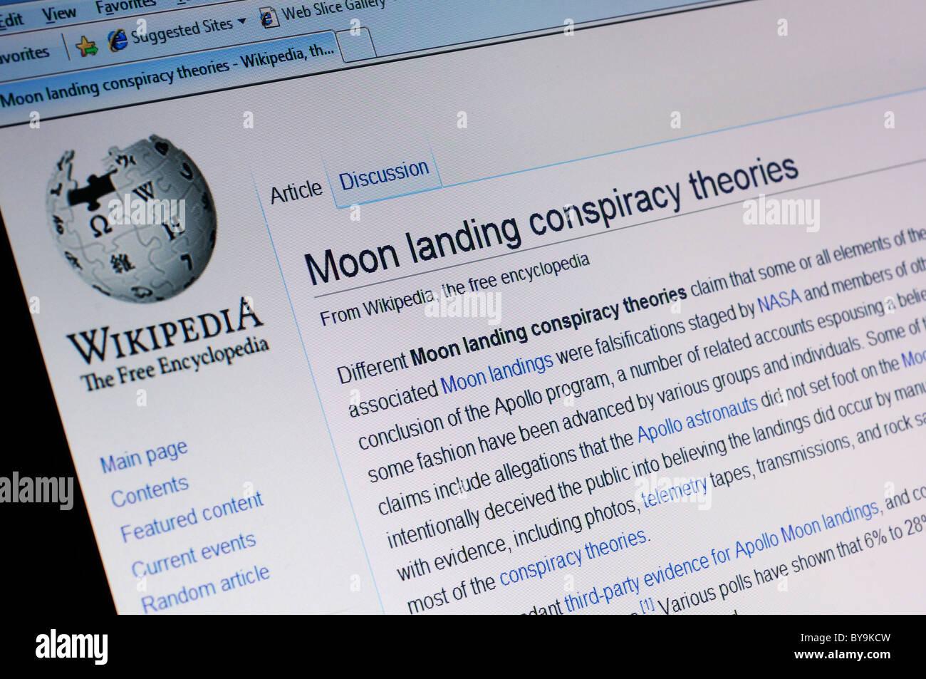Moon landing conspiracy page on Wikipedia - Stock Image