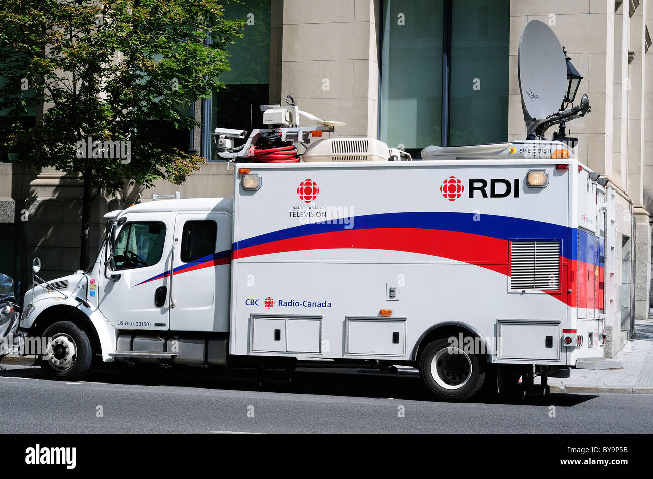 Outside Broadcast Truck Of The Canadian National T V Company The Cbc Stock Photo Alamy