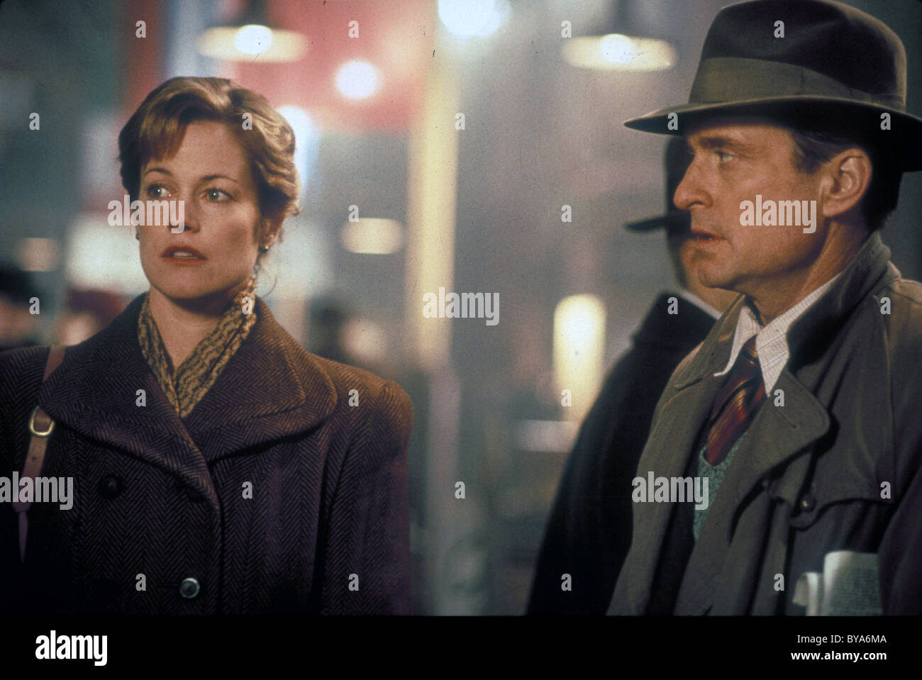 Shining Through Year : 1992 USA / UK Director : David Seltzer Michael Douglas, Melanie Griffith - Stock Image