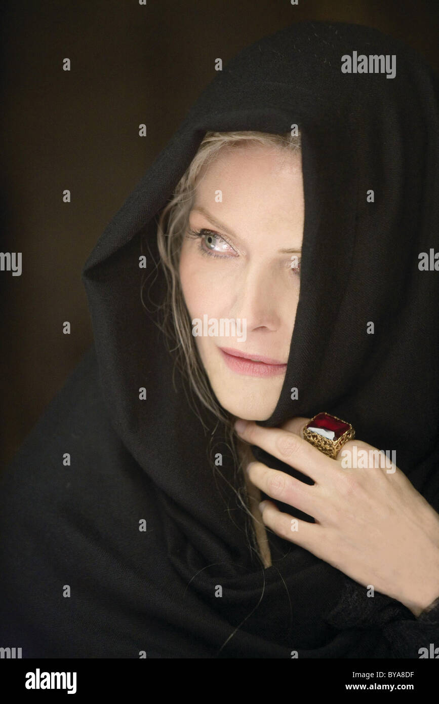 Stardust  Year : 2007 USA Director : Matthew Vaughn  Michelle Pfeiffer - Stock Image