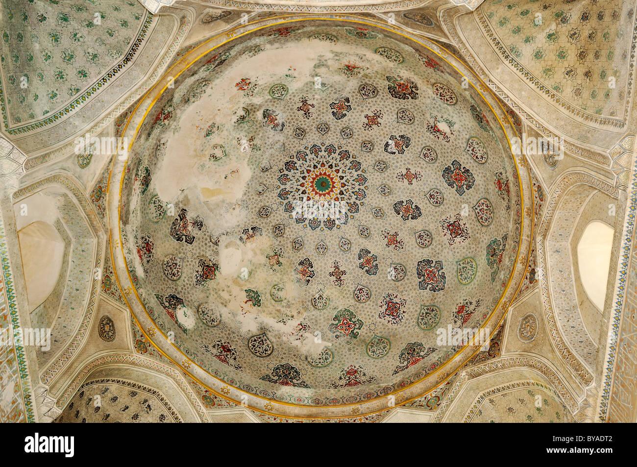 Painted interior cupola of Kok Gumbaz Mosque in Shahrisabz, Unesco World Heritage Site, Uzbekistan, Central Asia - Stock Image