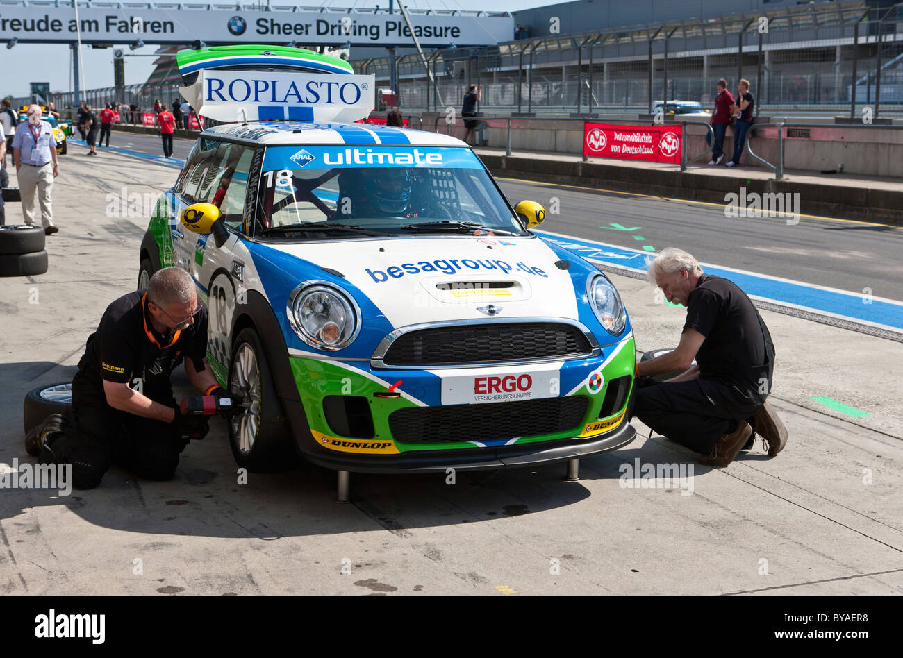 Mini Race Car Stock Photos & Mini Race Car Stock Images - Page 2 - Alamy