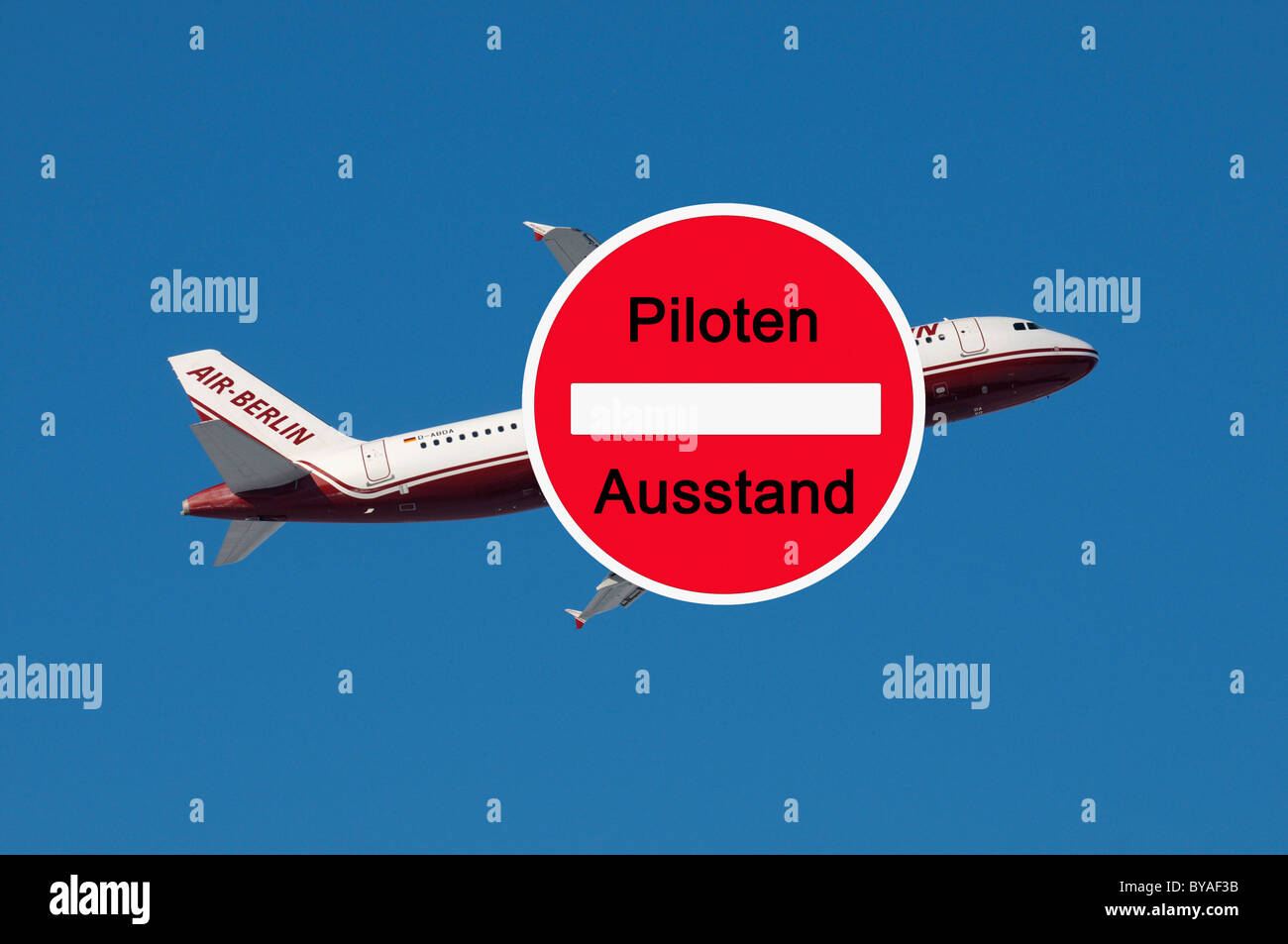 Sign with lettering 'Piloten Ausstand', German for 'Pilots on strike', sign in front of a Airberlin - Stock Image