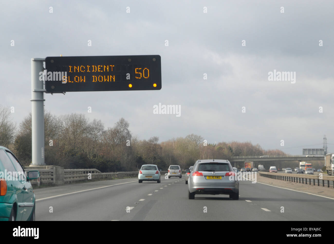 Matrix information road sign on the M27 Motorway in Hampshire - Stock Image