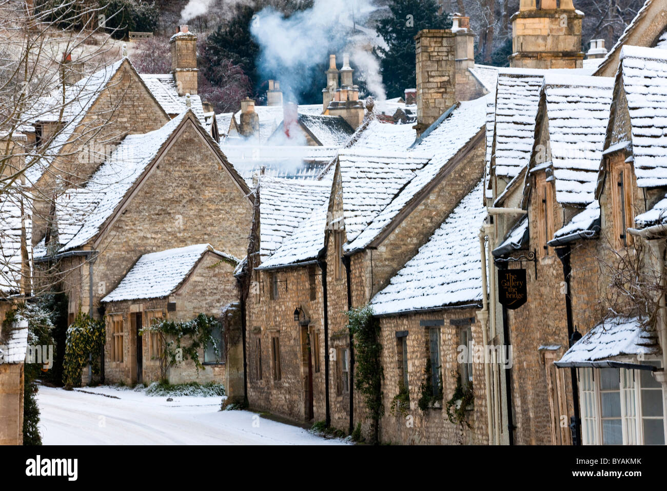 Castle Combe in the snow, Cotswolds, Wiltshire - Stock Image