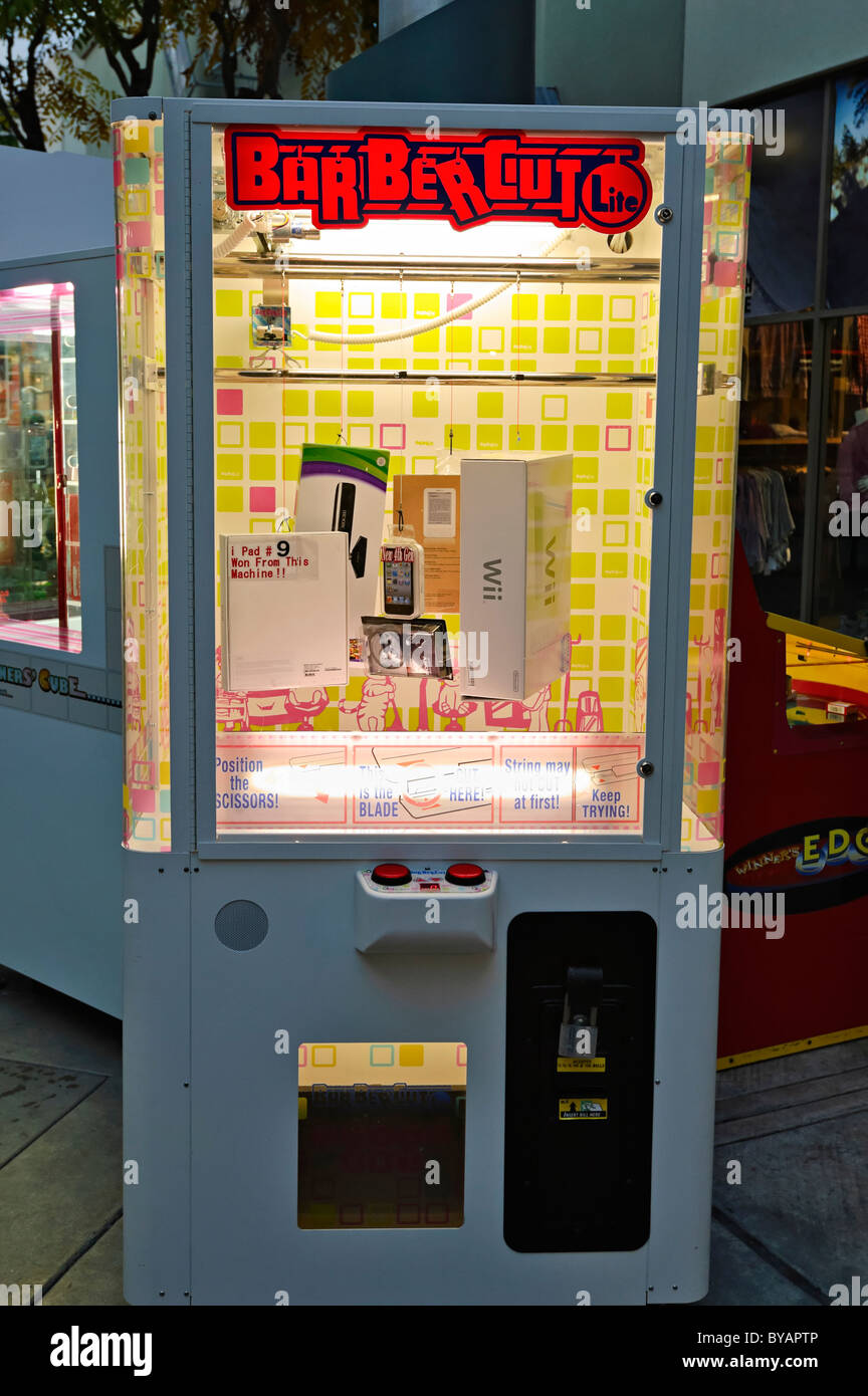 Winners Cube is a prize machine from Andamiro. - Stock Image
