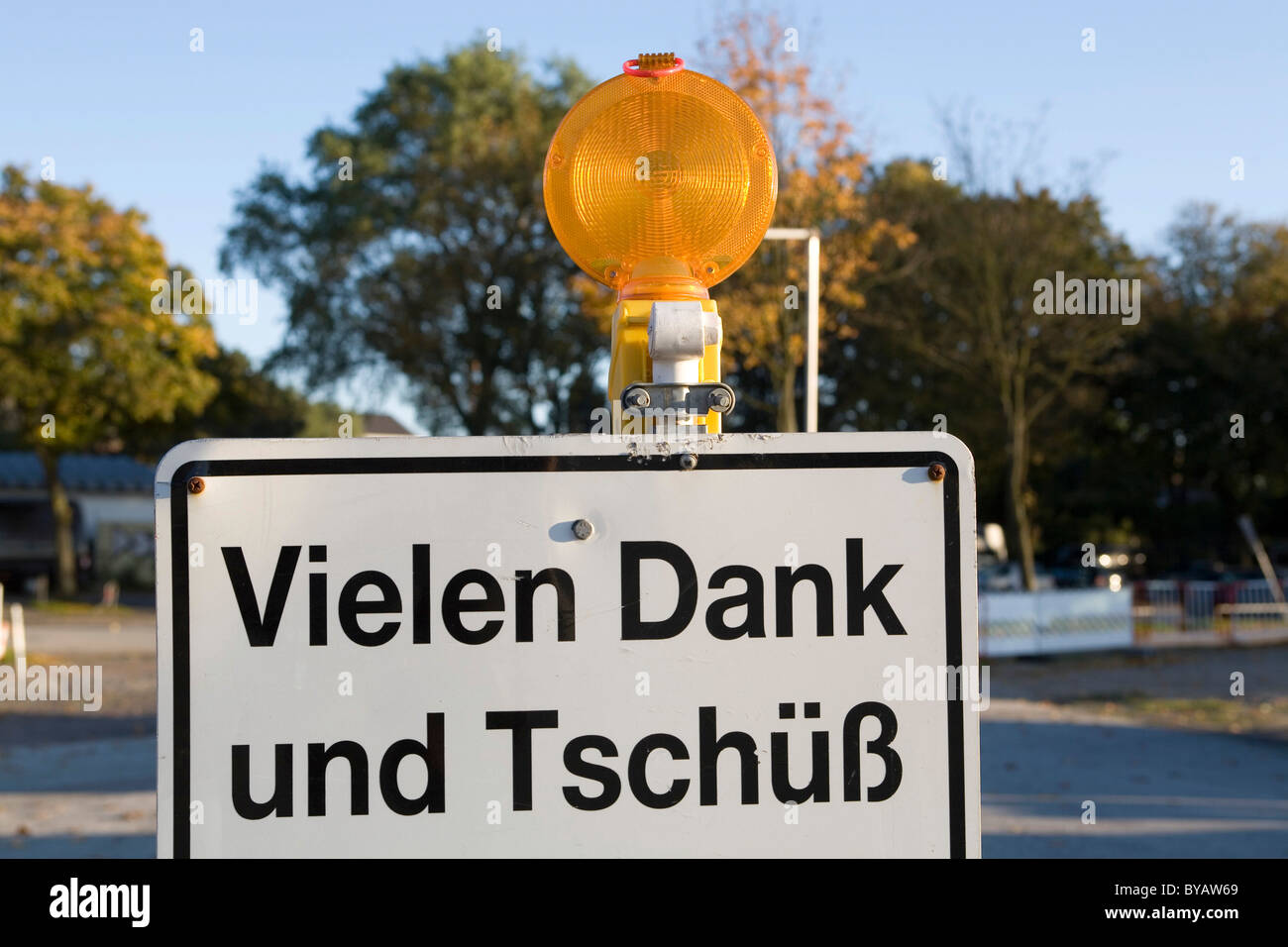 Sign, Vielen Dank und Tschuess, German for thank you and goodbye, Hamburg, Germany, Europe - Stock Image