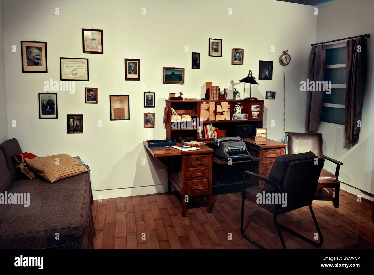 Recreated room of Oskar Maria Graf, 34 Hillside Avenue, New York City, exhibition 'Typical Munich', Stadtmuseum, - Stock Image