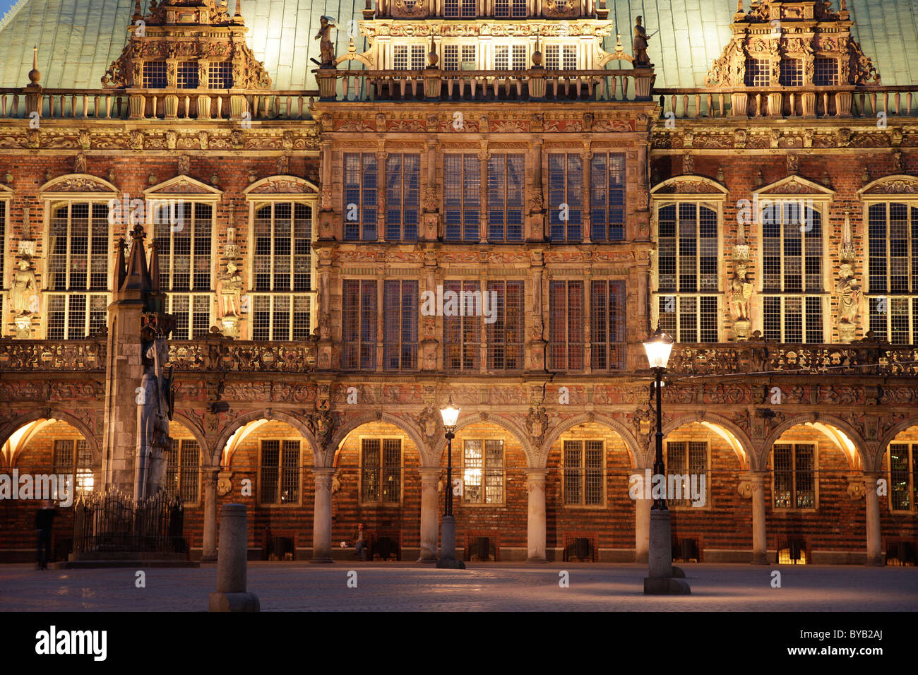 The Bremen Town Hall illuminated at night, Free Hanseatic City of Bremen, Germany, Europe - Stock Image