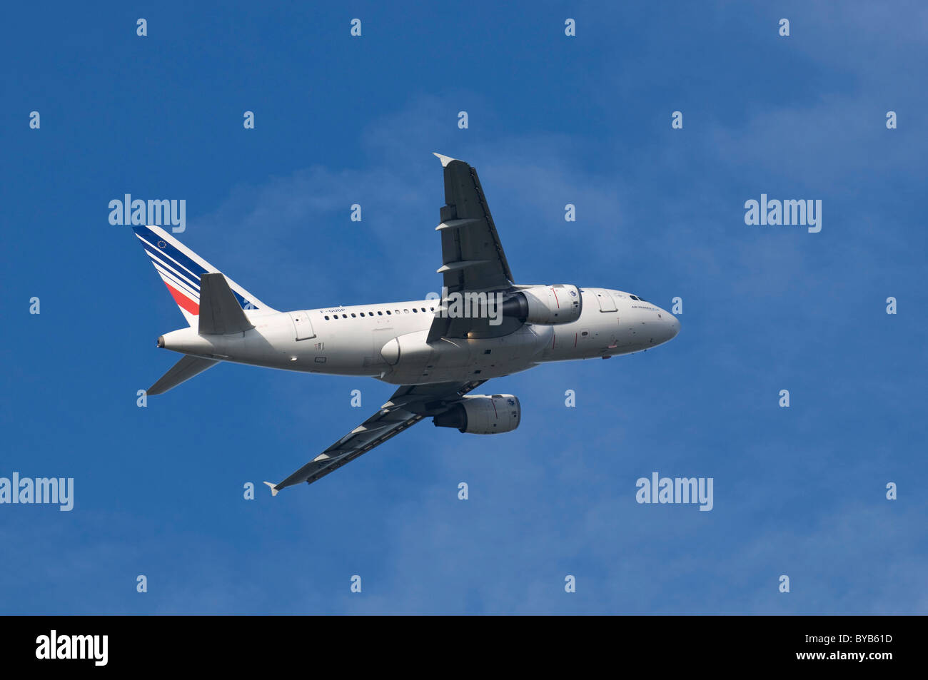 A 318-111 of Air France KLM in ascent - Stock Image