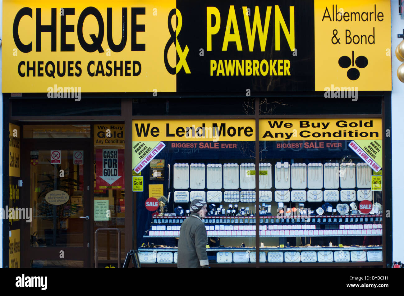 A pawnbrokers shop in Coventry, Warwickshire, England. - Stock Image