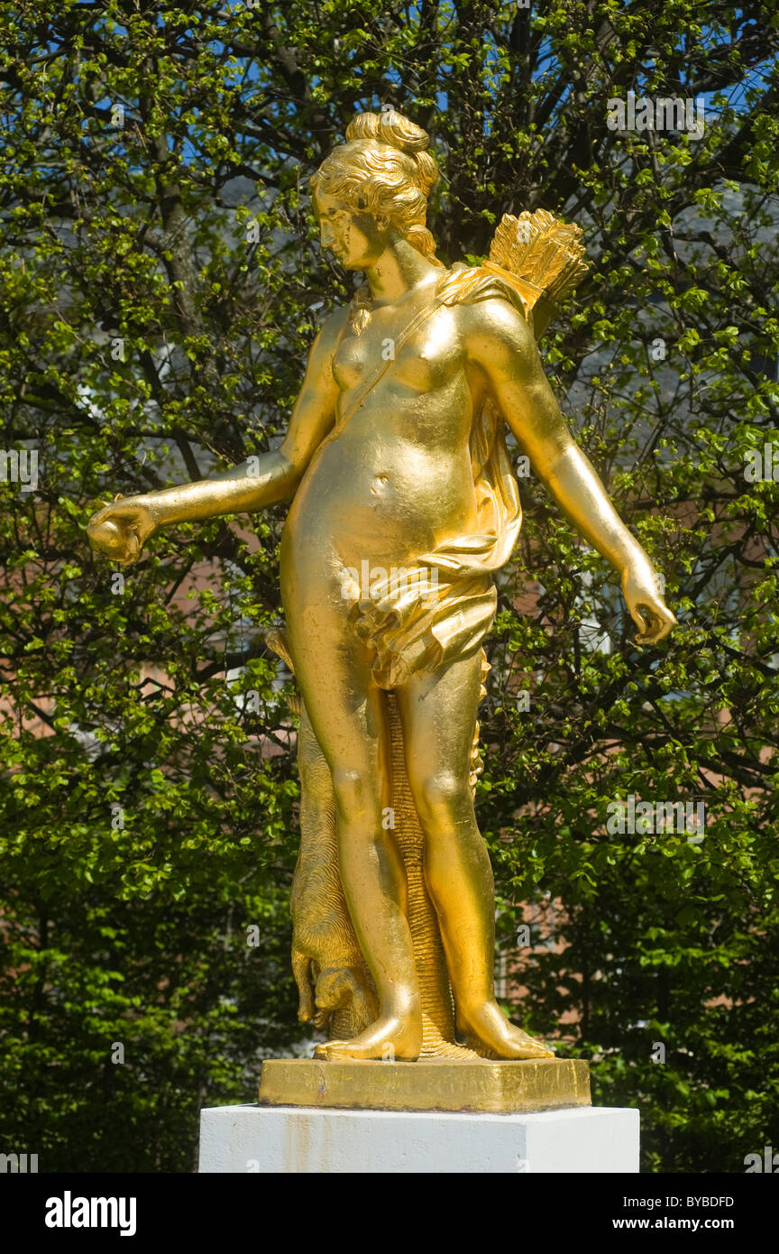 Schloss Schwetzingen Palace, statue of the hunting goddess Diana in the Palace Gardens, Schwetzingen, Electoral - Stock Image