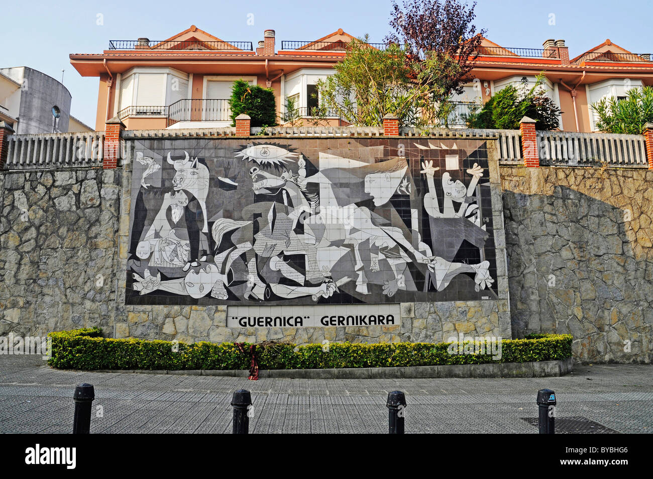 Guernica, by Pablo Picasso, reproduction made of tiles on a wall, Gernika Lumo, Guernica, Bizkaia province, Pais - Stock Image