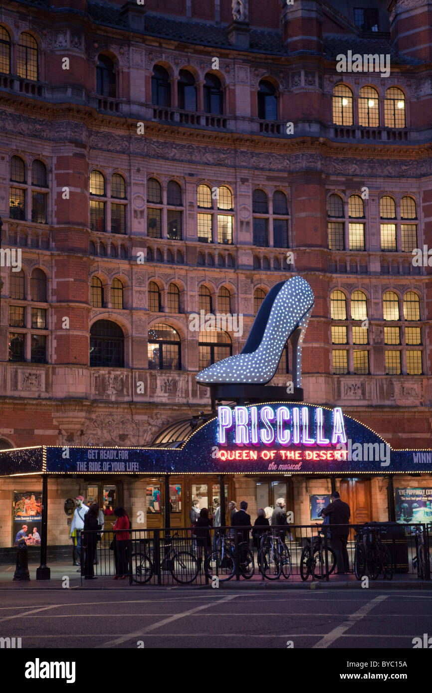 The Palace Theater, 2010- showing 'PRISCILLA', Cambridge Circus, Shaftesbury Avenue, London, W1 - Stock Image