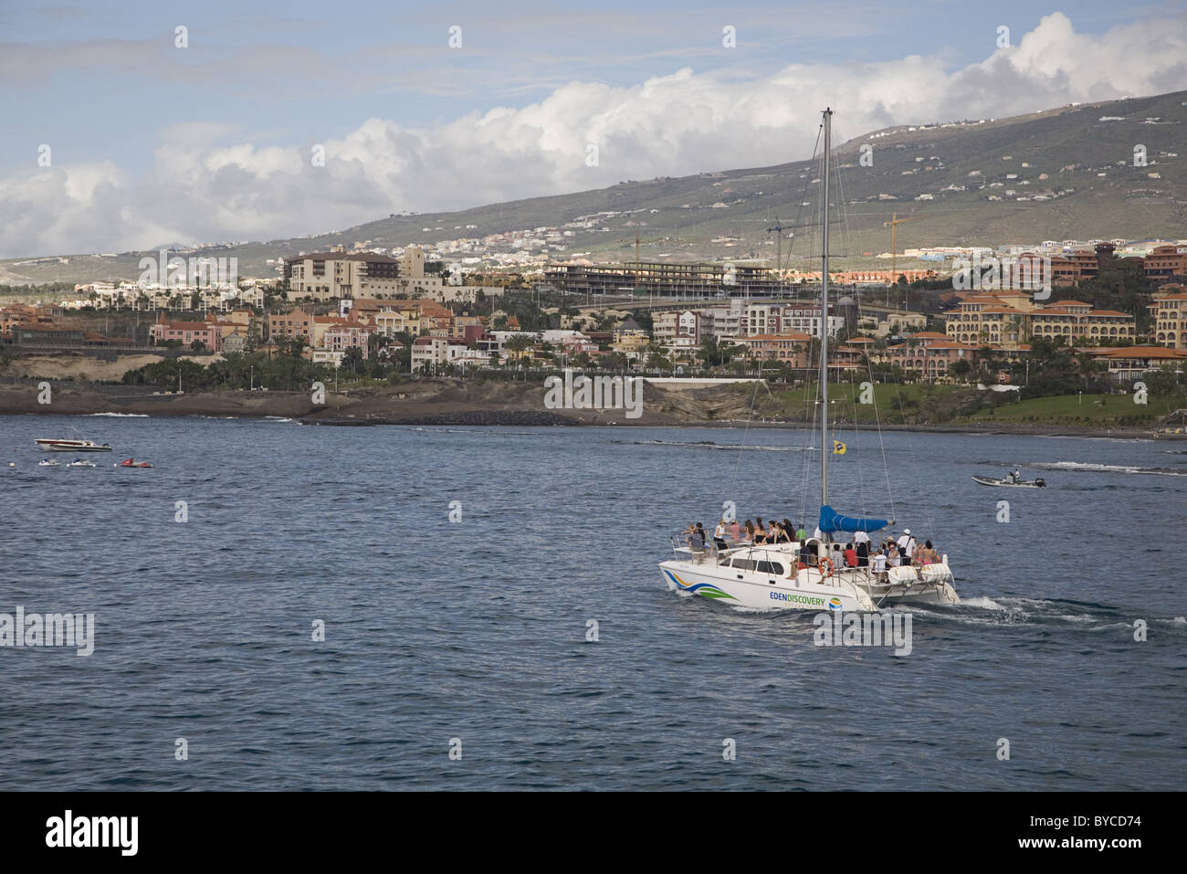 Catamaran sailing for a whale watching tour, Costa Adeje, Playa de las Americas, Tenerife, Spain - Stock Image