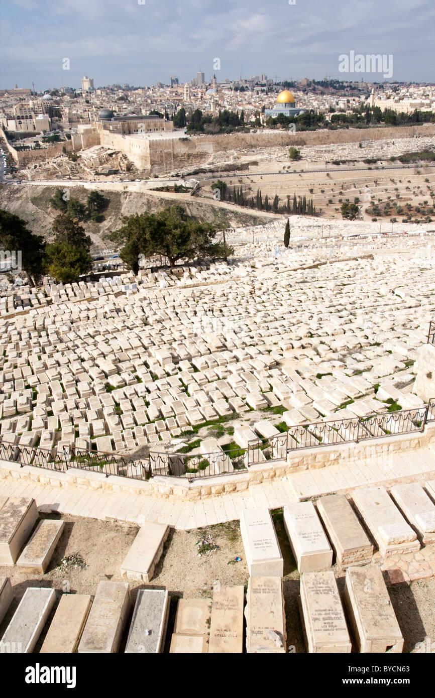 Graves on the Mount of Olives in Jerusalem, Israel - Stock Image