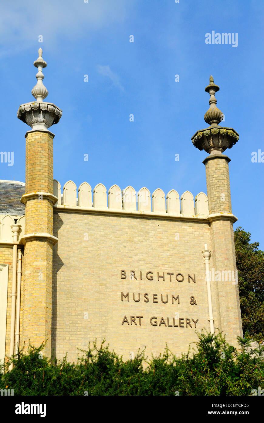 Brighton Museum and Art Gallery, Royal Pavilion Gardens, Brighton, Britain - 2010 - Stock Image
