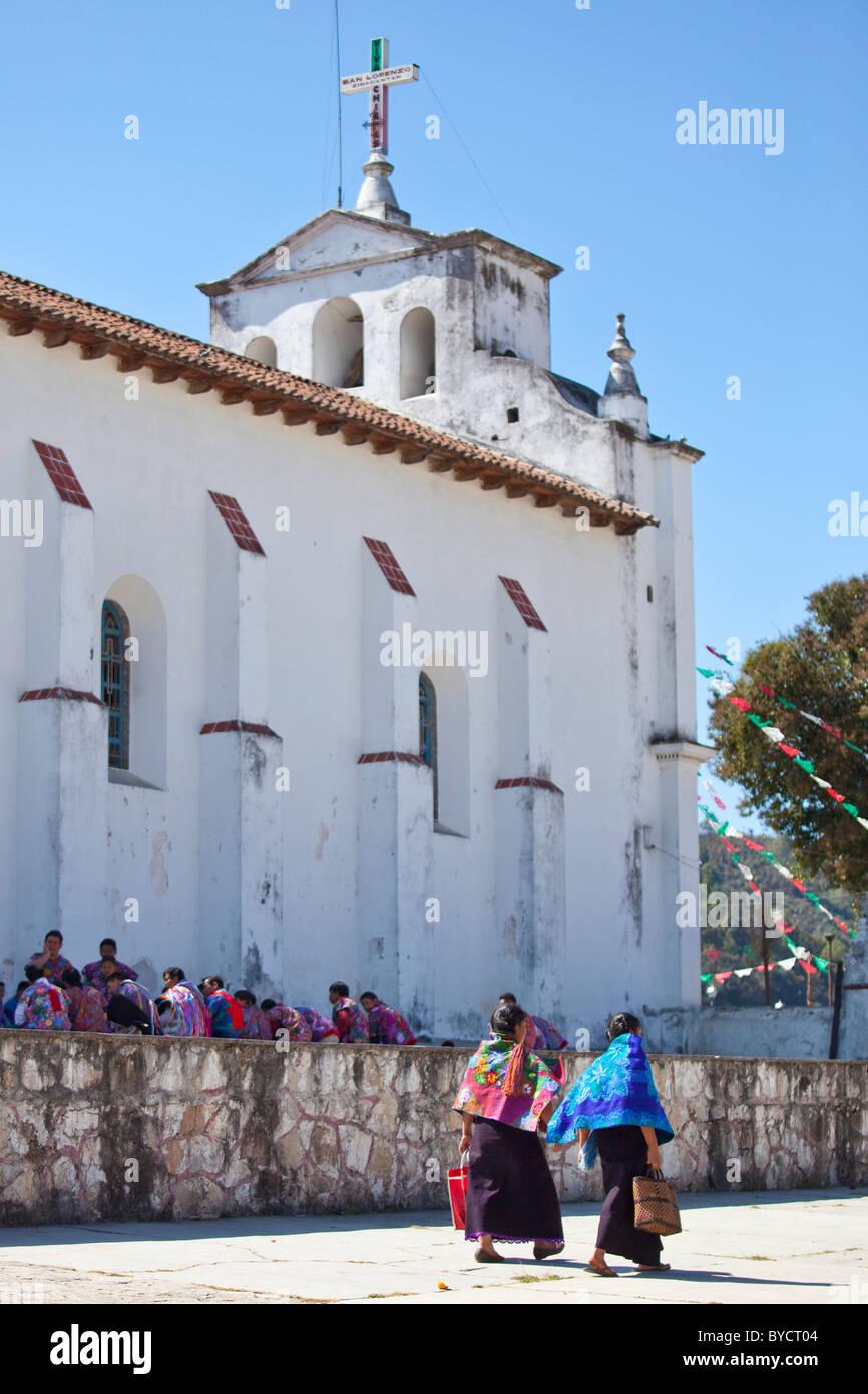 San Lorenzo Zinacantan Stock Photos & San Lorenzo Zinacantan Stock ...