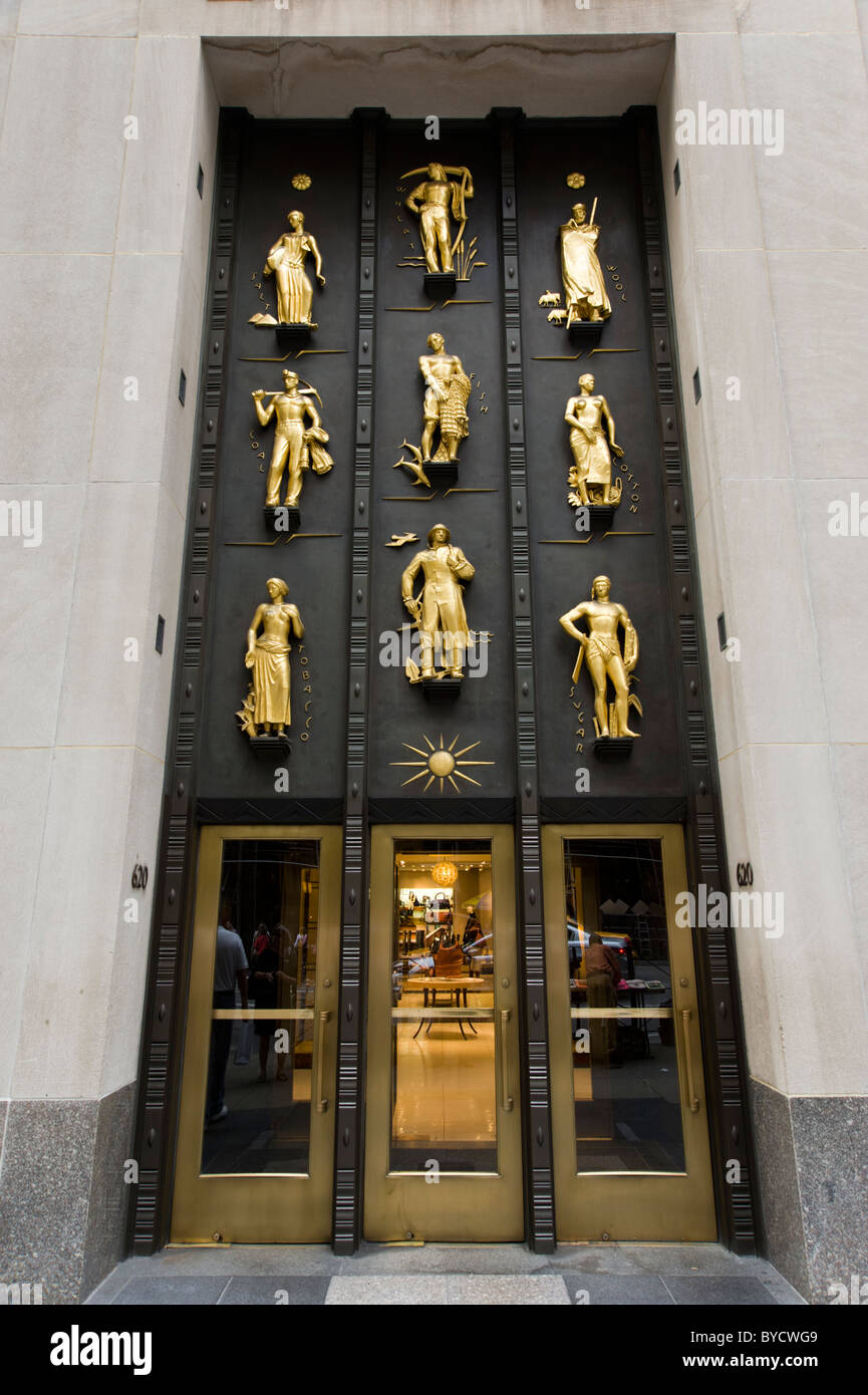 Cole Haan entrance in the Rockefeller Center on Fifth Avenue, New York City, America, USA - Stock Image