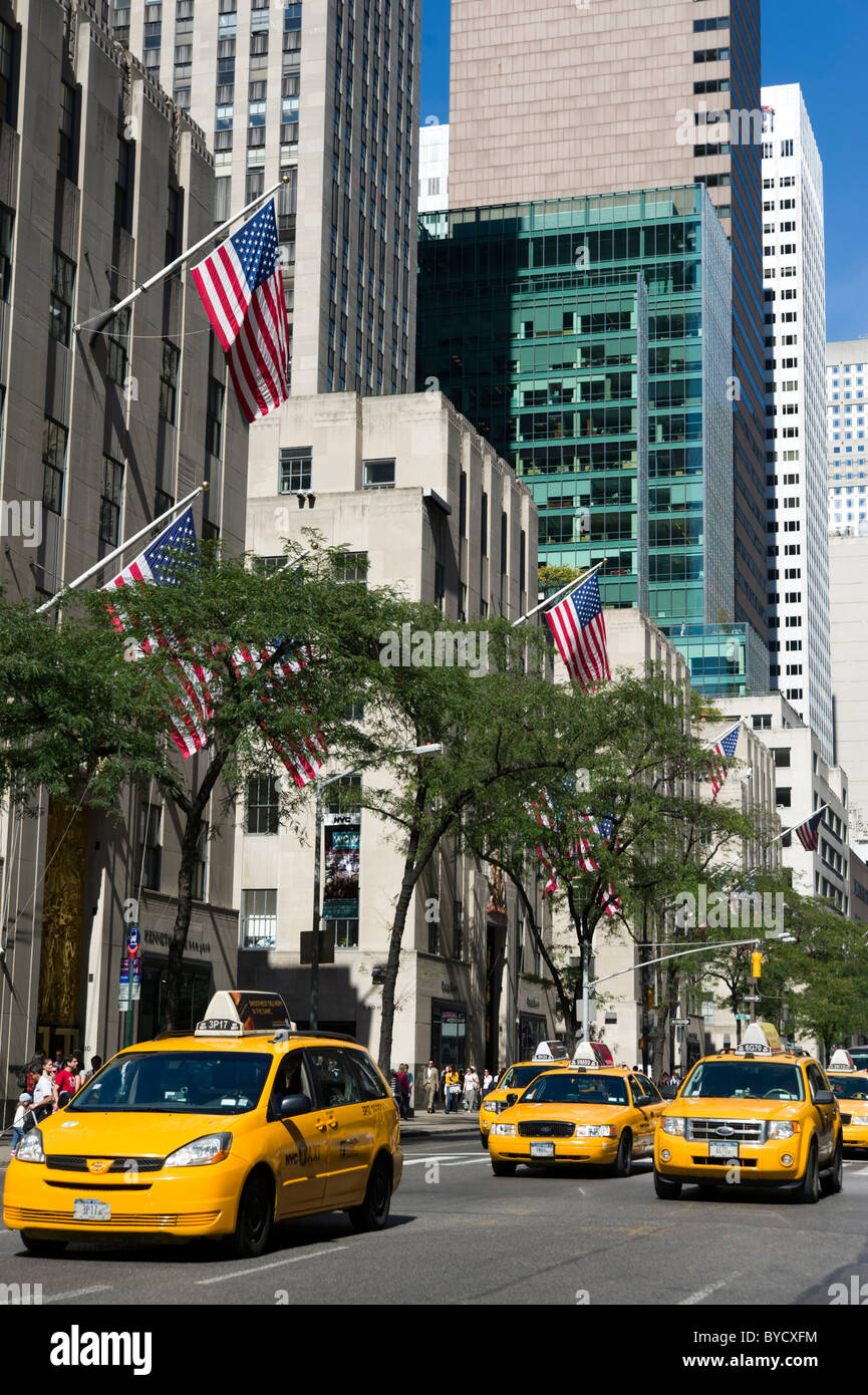 Yellow New York taxis on Fifth Avenue, New York City, America, USA - Stock Image