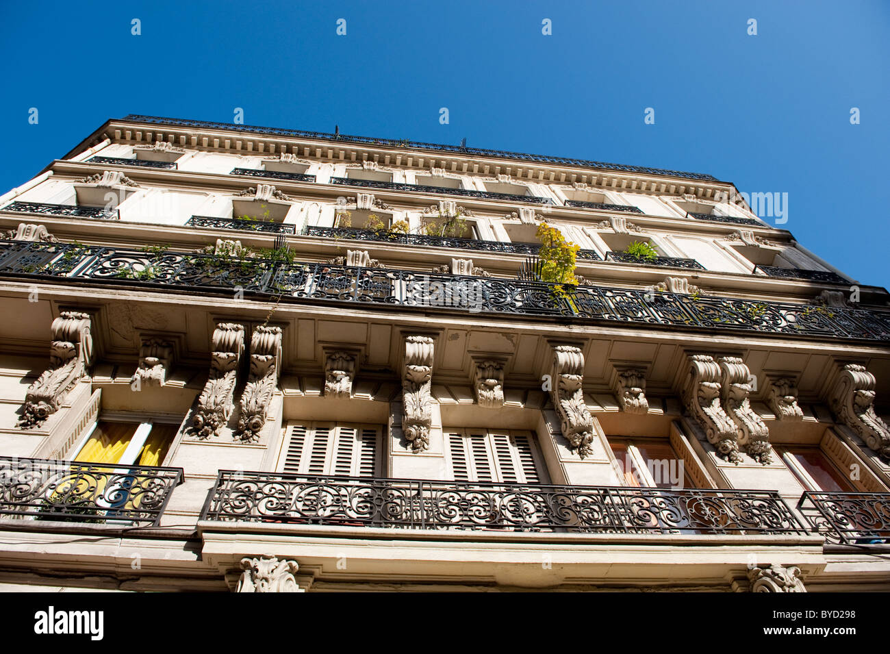 Typical houses in the 9th arrondissement in Paris - Stock Image