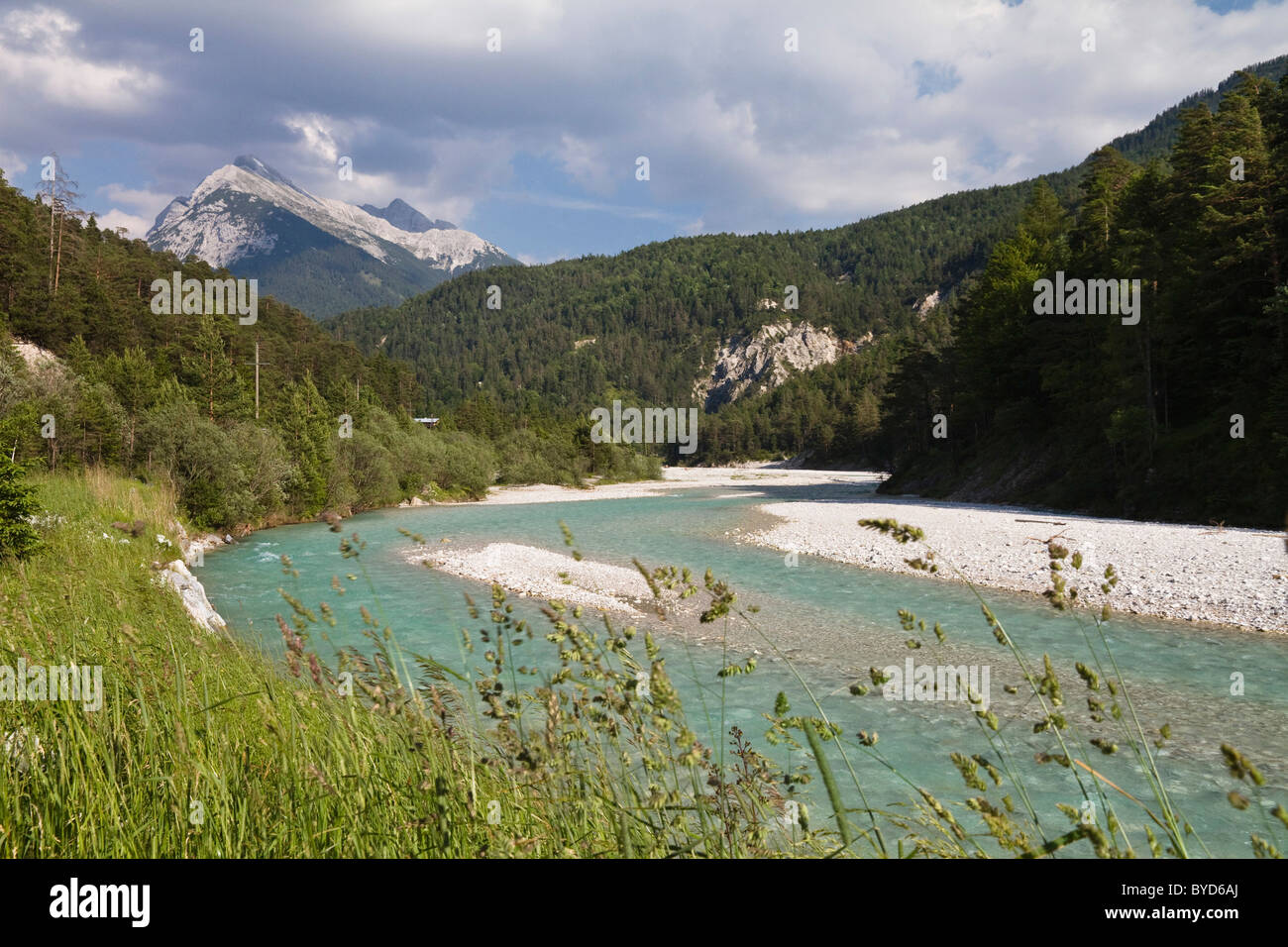 Upper reaches of the Isar River in Hinterautal valley, Karwendel Mountains, Alps, Tyrol, Austria, Europe - Stock Image