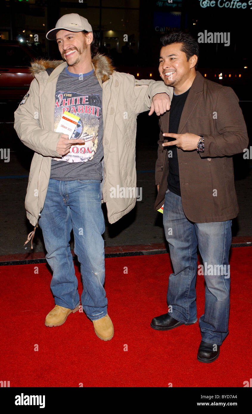 Clifton Collins Jr. and guest Los Angeles Premiere of 'Smokin' Aces' held at the Grauman's Chinese - Stock Image