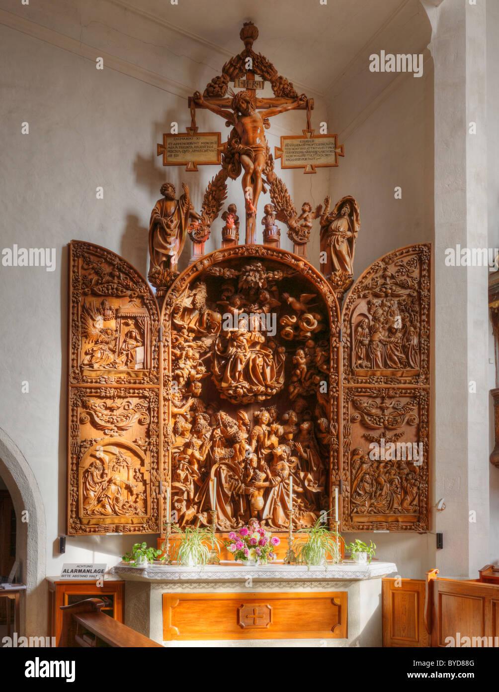 Late Gothic carved altar in the Wallfahrtskirche Mauer pilgrimage church near Melk, Wachau, Mostviertel region, - Stock Image