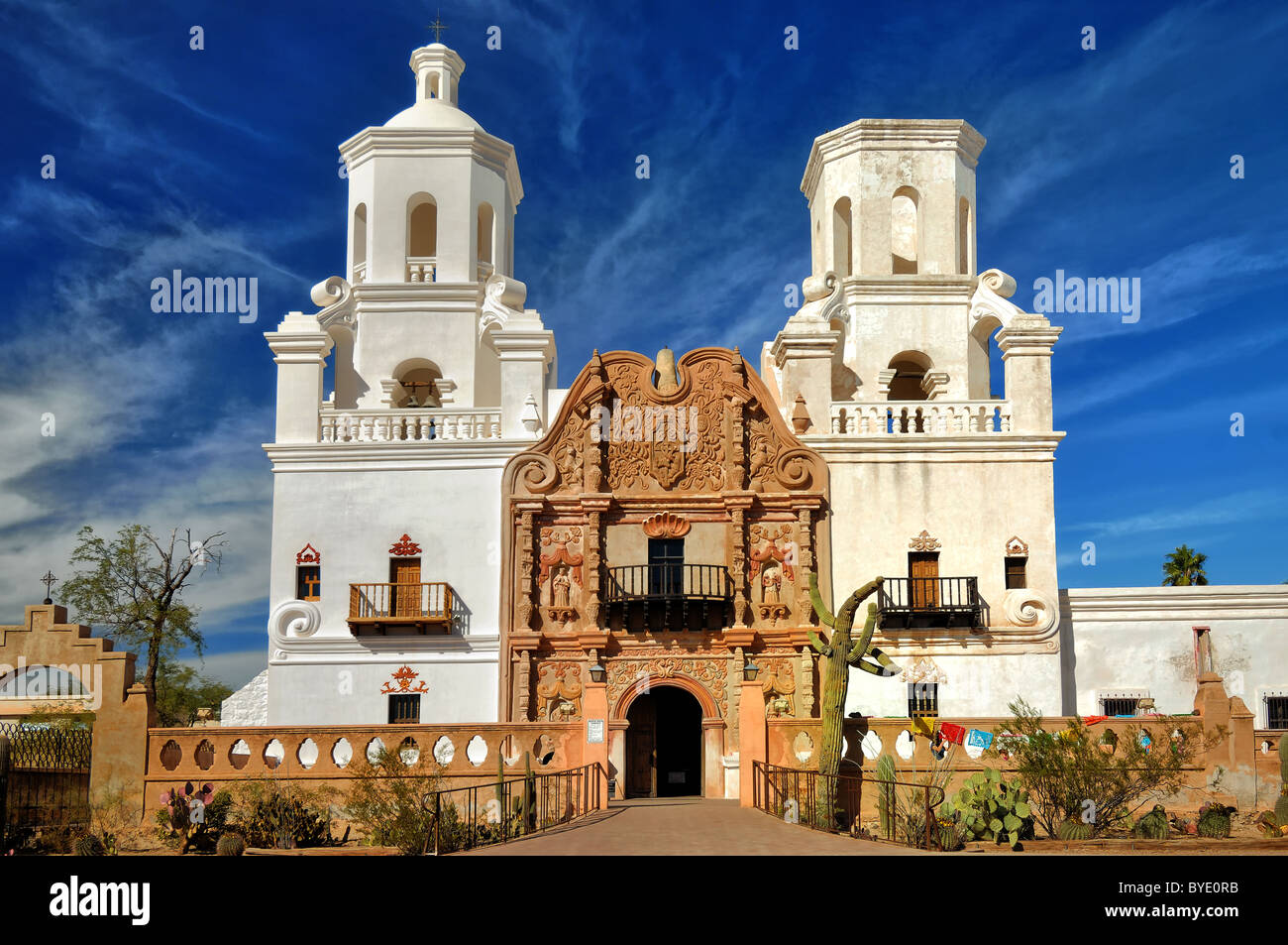 San Xavier del Bac is a Spanish Catholic Mission located about ten mile south of Tucson, Arizona, USA. - Stock Image