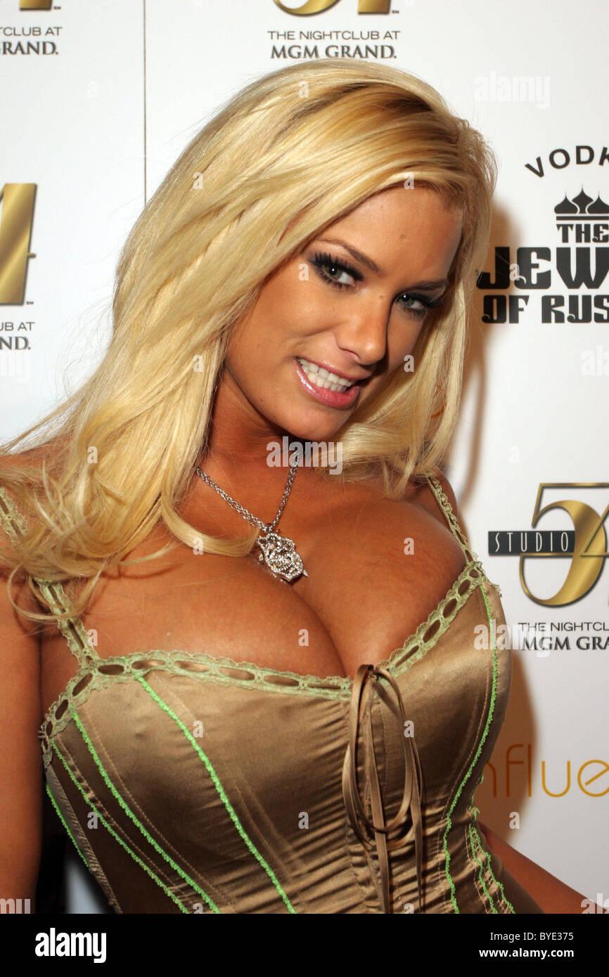 Brazil girls nude photos