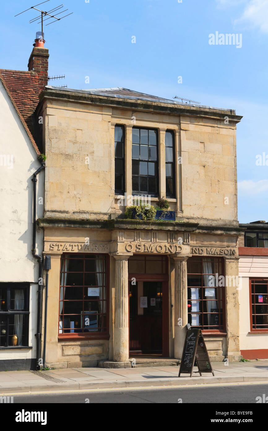 Osmond statuary and mason, St John Street, Salisbury, Wiltshire, England, United Kingdom, Europe - Stock Image