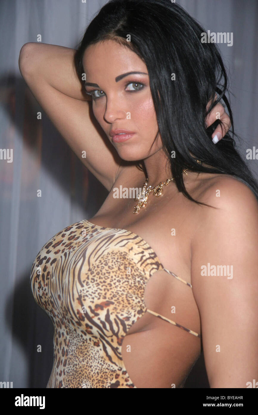 Lanny Barby Avn Adult Entertainment Expo Day 1 At The Sands Expo Center Las Vegas