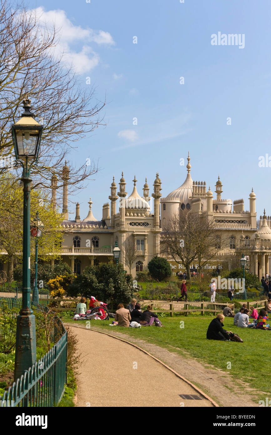 Royal Pavilion Gardens, Brighton, East Sussex, England, United Kingdom, Europe - Stock Image
