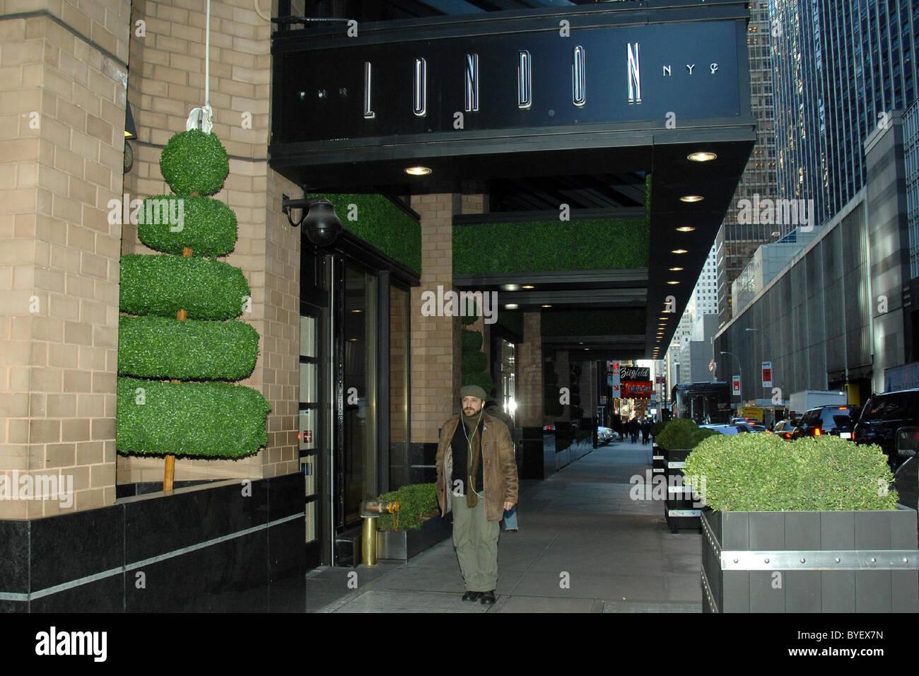 Gordon Ramsay S New Restaurant The London In The London Nyc Hotel Stock Photo Alamy