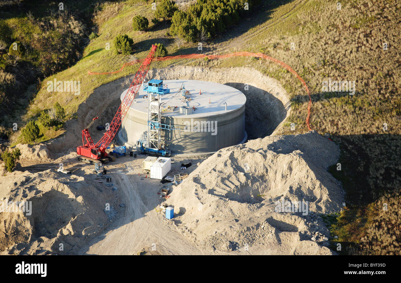 A 1 million gallon concrete water tank under construction Stock