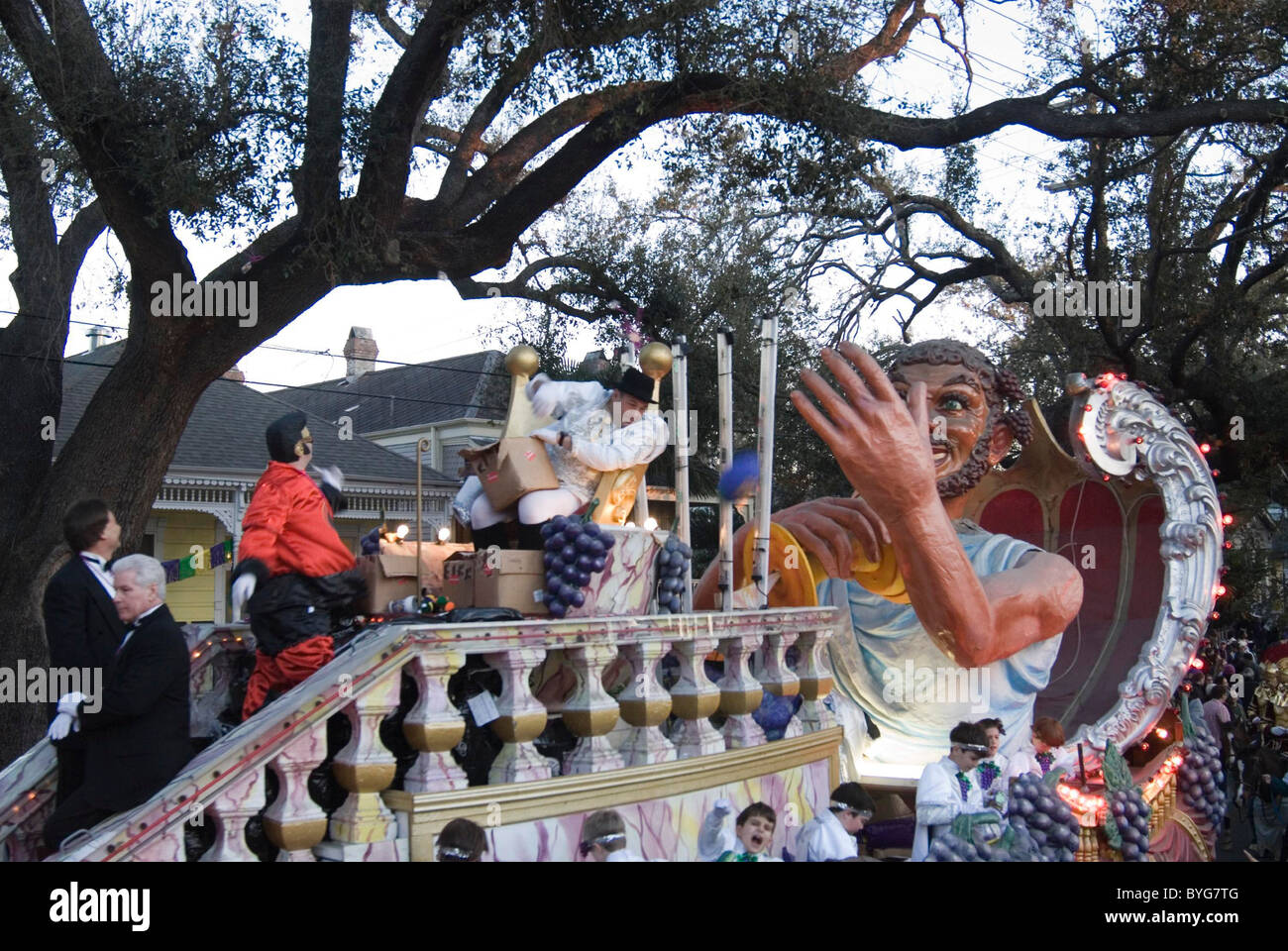 James Gandolfini  is crowned king of this years Bacchus parade. Bacchus is one of more than 20 Mardi Gras parades Stock Photo