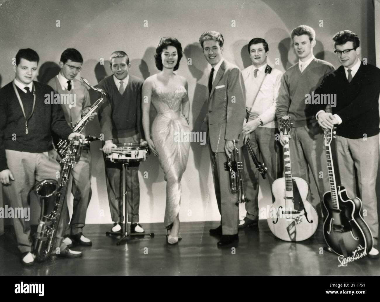JOHN BARRY SEVEN UK music group with Barry fourth from right next to vocalist Liza Page, sister of singer Jill Day, Stock Photo