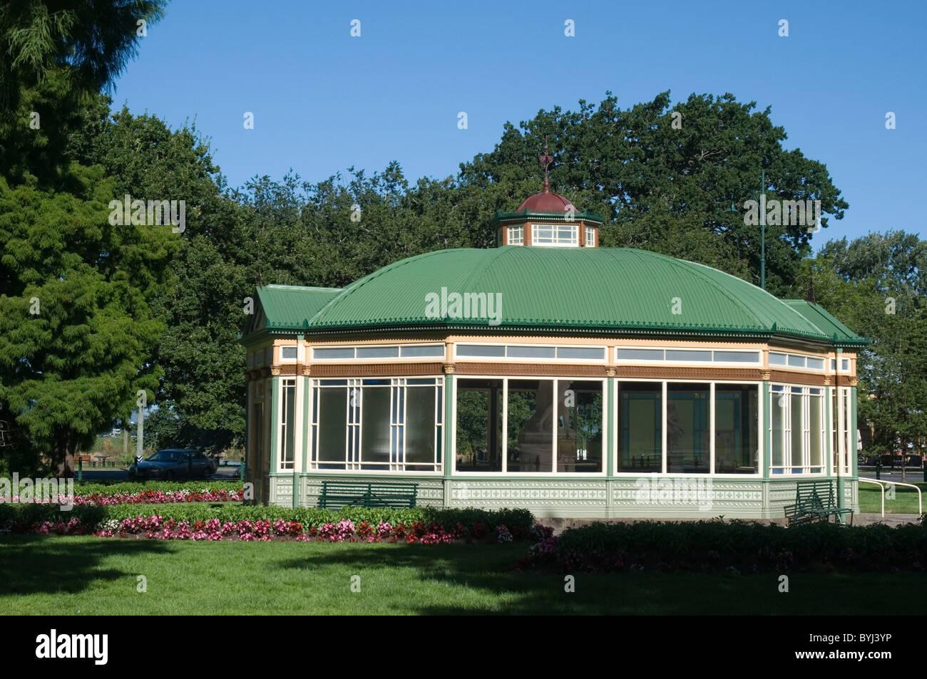 The Statuary Pavilion at the Ballarat Botanical Gardens, Victoria, Australia - Stock Image