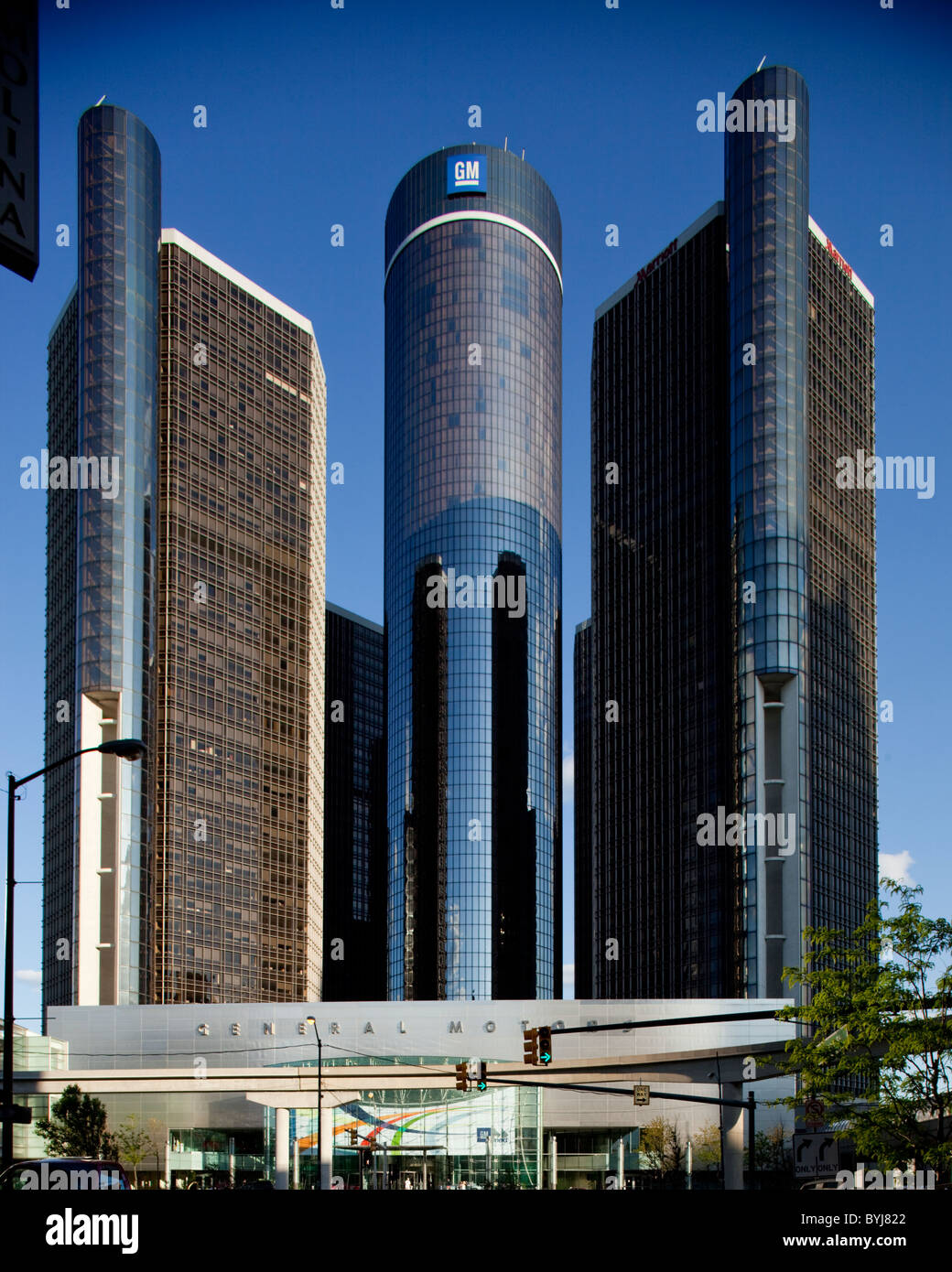 Detroit skyline gm renaissance center stock photos for General motors corporate office
