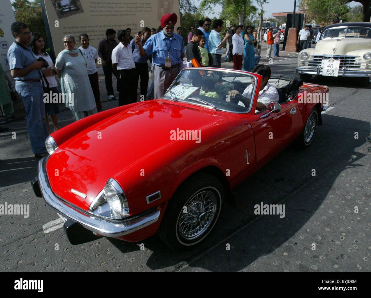 Vintage Car Haig vintage rally in association with Heritage motoring ...