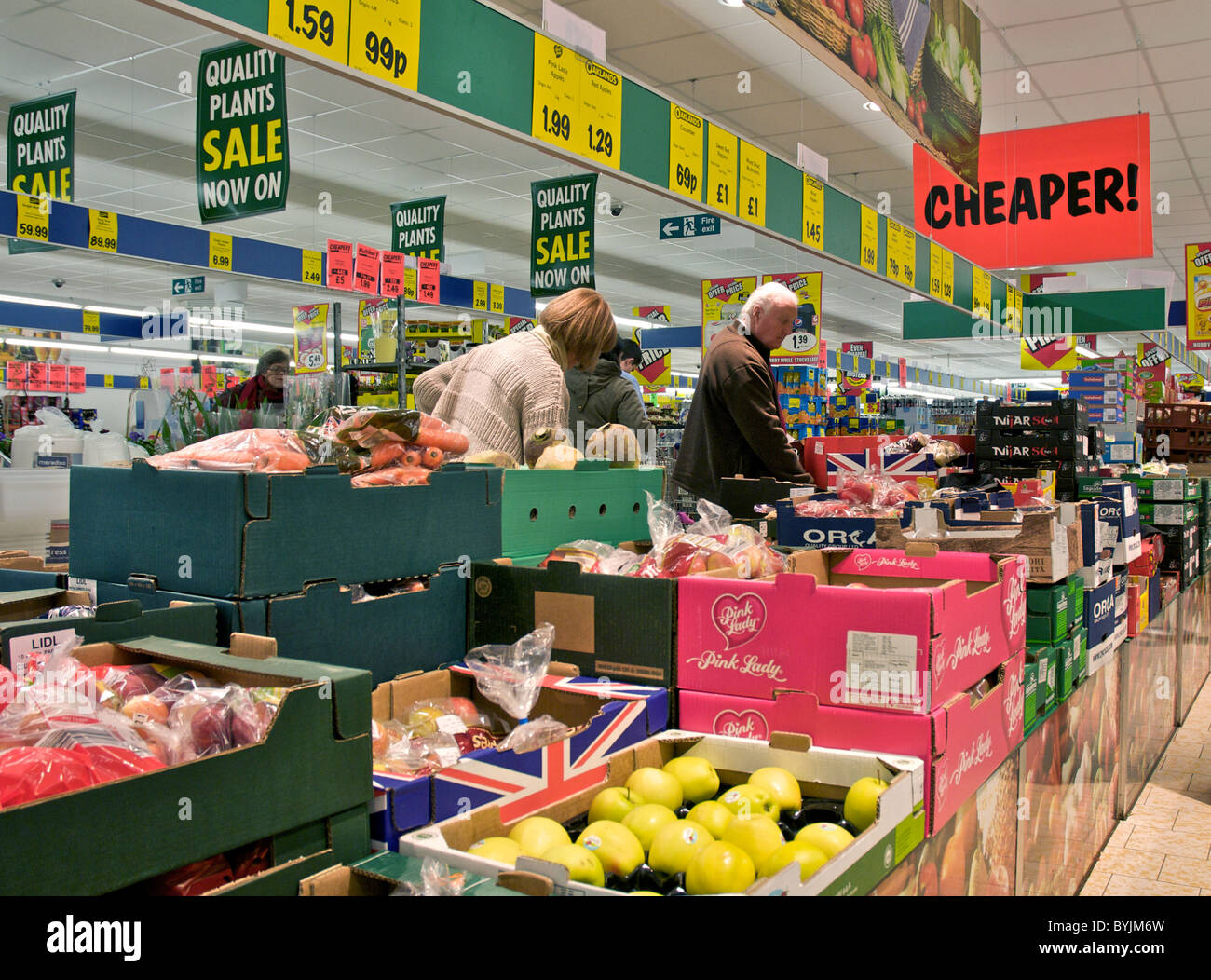 Interior of large store showing the wide range of merchandise available. This is inside a Lidls store in the fresh - Stock Image